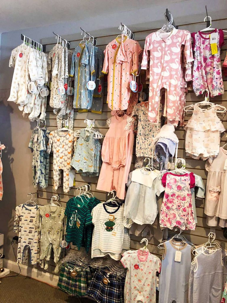 Children's Clothes at Green Apple